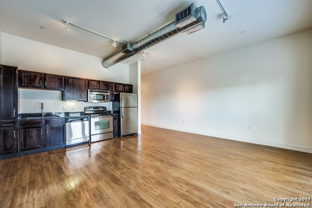 1401 S Flores St #407, San Antonio, TX - USA (photo 5)