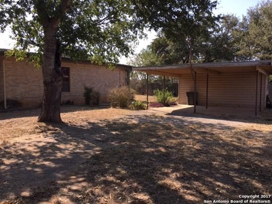 303 W Miller St, Dilley, TX - USA (photo 5)