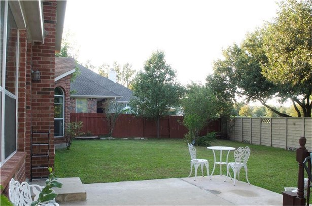 1502 Foppiano Loop, Round Rock, TX - USA (photo 4)
