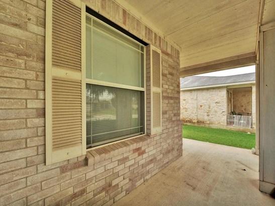 210 Lucky Clover Ln, Hutto, TX - USA (photo 4)
