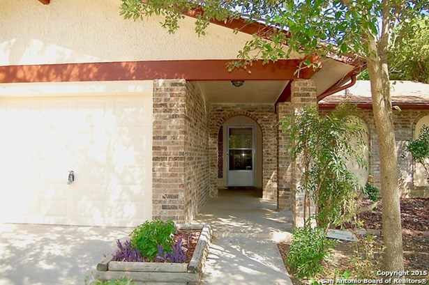 7905 Oak Forest St, Live Oak, TX - USA (photo 2)