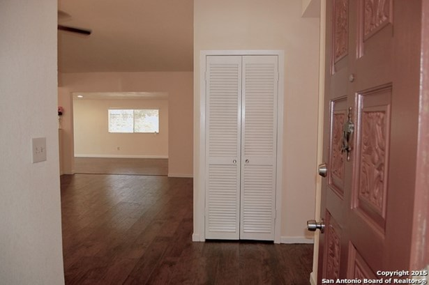 7905 Oak Forest St, Live Oak, TX - USA (photo 4)