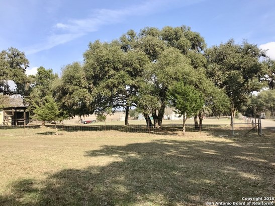 108a Scheele Rd, Boerne, TX - USA (photo 2)