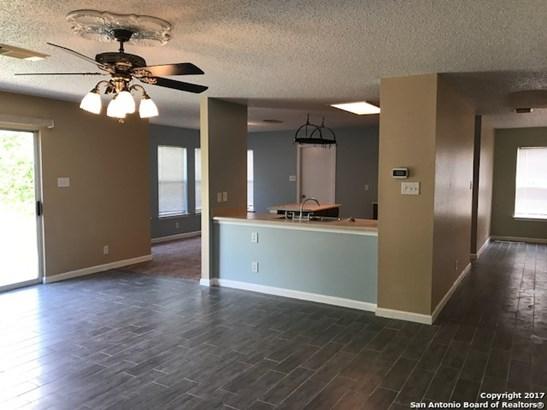 8427 Mannington Pl, Converse, TX - USA (photo 3)