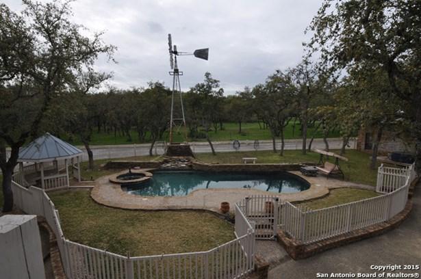 20802 Woodland Cove, Garden Ridge, TX - USA (photo 4)
