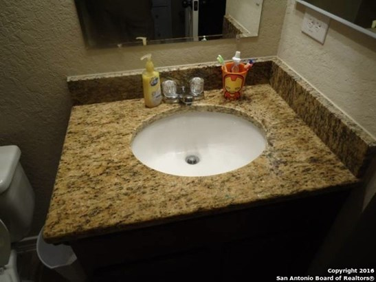 4923 Flipper Dr, San Antonio, TX - USA (photo 4)
