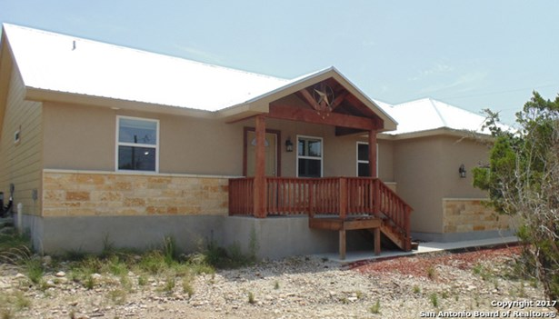 125 Cody Ct, Canyon Lake, TX - USA (photo 1)