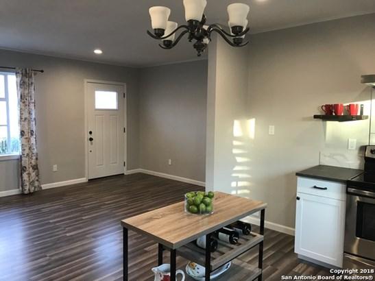322 Storeywood Dr, San Antonio, TX - USA (photo 2)