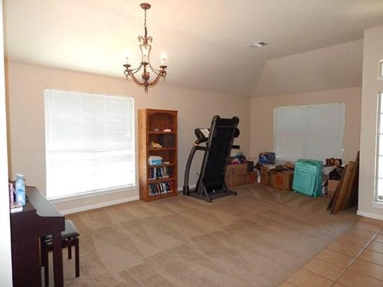 916 Windsor Castle Dr, Pflugerville, TX - USA (photo 2)