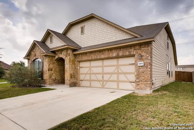 1484 Jordan Xing, New Braunfels, TX - USA (photo 2)