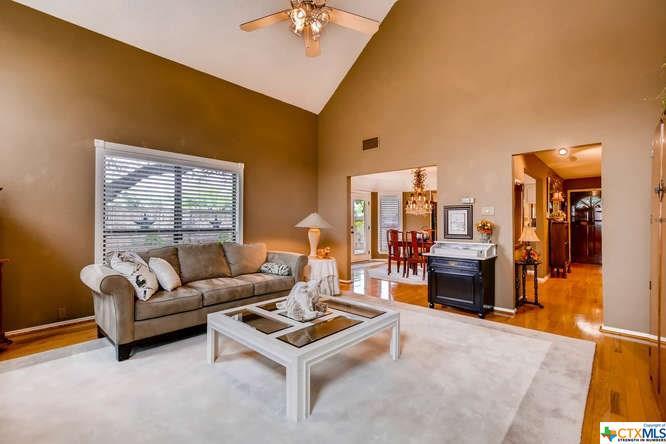 2451 Thrasher Oak, San Antonio, TX - USA (photo 5)