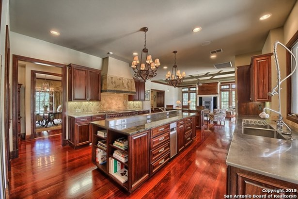 107 Greystone Circle, Boerne, TX - USA (photo 5)
