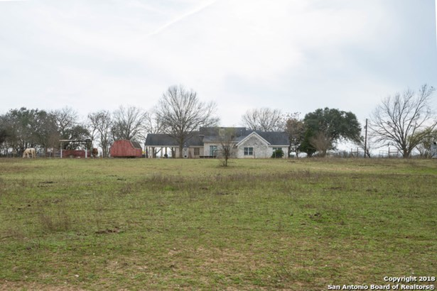 15806 Moore Rd, Von Ormy, TX - USA (photo 2)