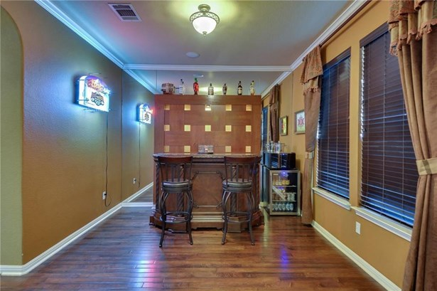 1050 Powell St, Kyle, TX - USA (photo 3)