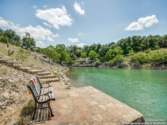 311 Village View Dr, Canyon Lake, TX - USA (photo 2)