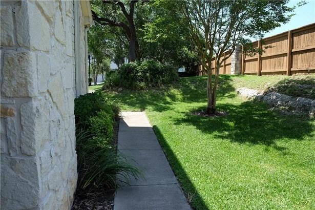 7501 Shadowridge Run #138, Austin, TX - USA (photo 2)