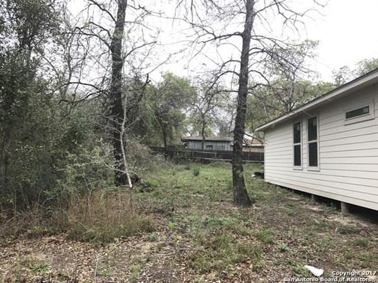 23119 Flat River Dr, Elmendorf, TX - USA (photo 5)