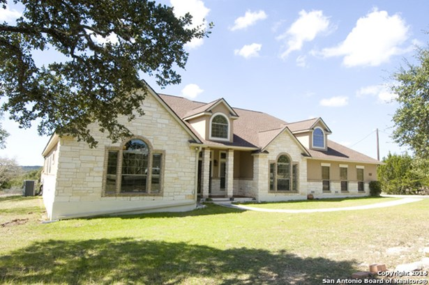 557 Mystic Breeze, Spring Branch, TX - USA (photo 2)