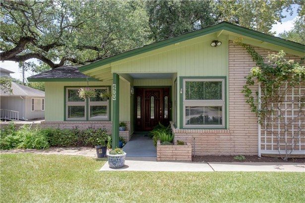 5900 Cary Dr, Austin, TX - USA (photo 2)
