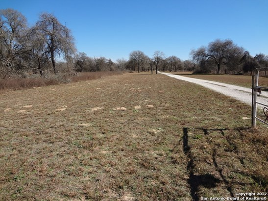 Lot 11 County Road 6723 (bayne Rd, Natalia, TX - USA (photo 1)
