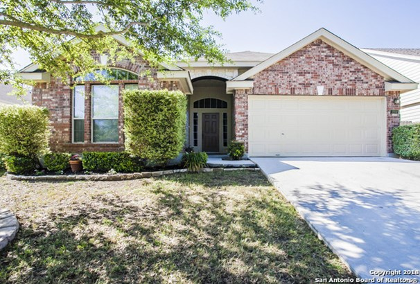 224 Rock Springs Dr, New Braunfels, TX - USA (photo 1)
