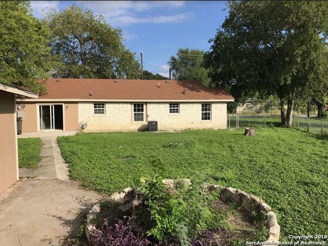 711 Saint Cloud Rd, San Antonio, TX - USA (photo 2)