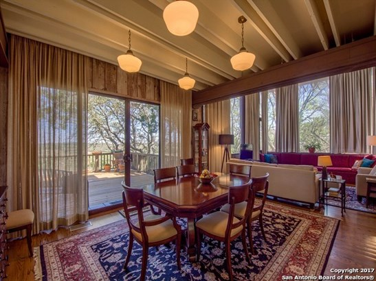 1291 Sandy Hill, Bulverde, TX - USA (photo 4)