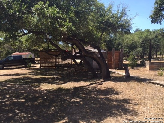 8932 Easy St, Garden Ridge, TX - USA (photo 2)