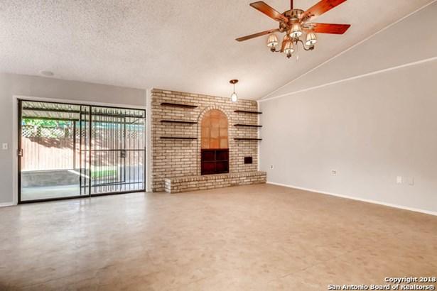 4631 La Marquesa St, San Antonio, TX - USA (photo 4)