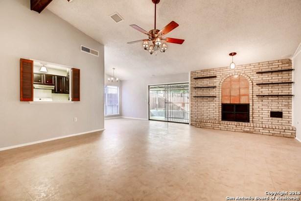 4631 La Marquesa St, San Antonio, TX - USA (photo 5)