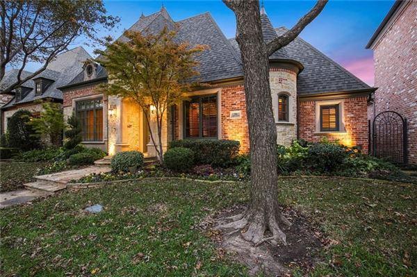 56 Abbey Woods Lane, Dallas, TX - USA (photo 2)