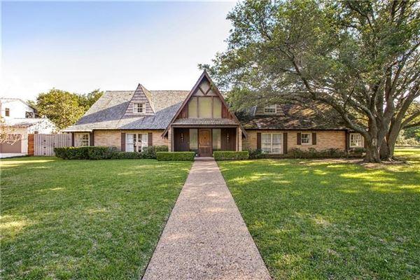 4910 Mangold Circle, Dallas, TX - USA (photo 2)