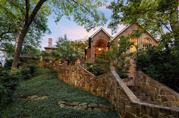 1402 Yakimo Dr, Dallas, TX - USA (photo 1)