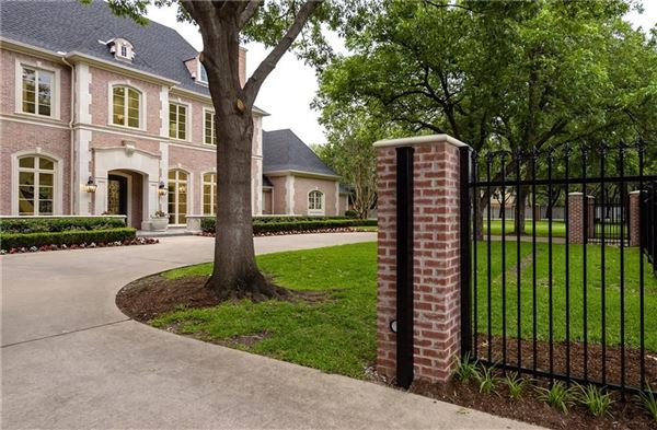 9025 Douglas Avenue, Dallas, TX - USA (photo 2)
