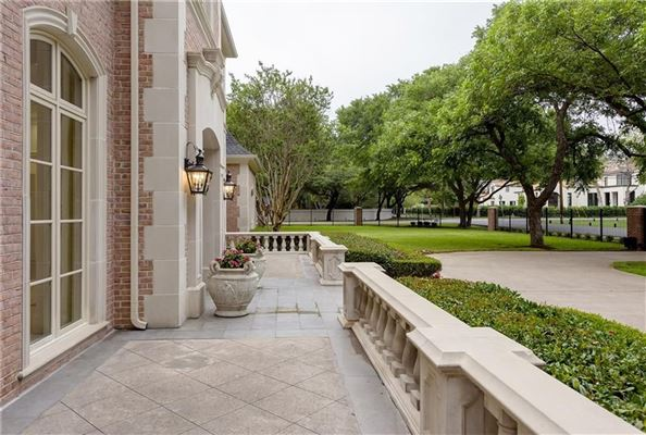 9025 Douglas Avenue, Dallas, TX - USA (photo 4)