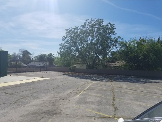 Land/Lot - San Bernardino, CA (photo 2)