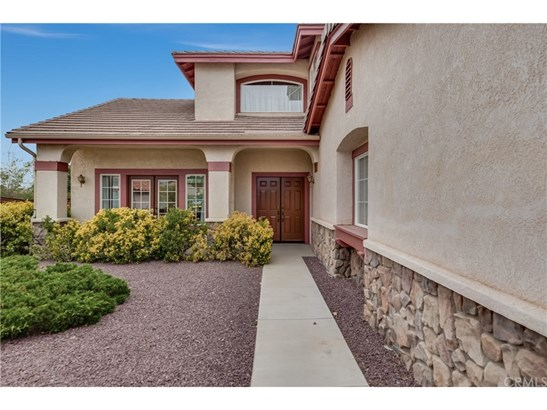 Single Family Residence - Apple Valley, CA (photo 5)