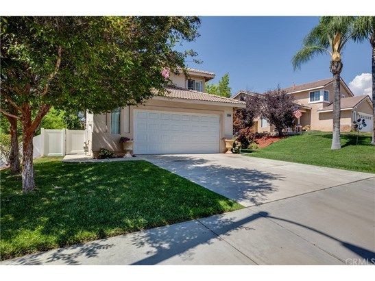 Single Family Residence, Contemporary - Yucaipa, CA (photo 2)