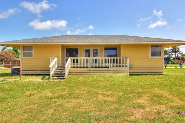Ranch, Detached - Rockport, TX (photo 2)