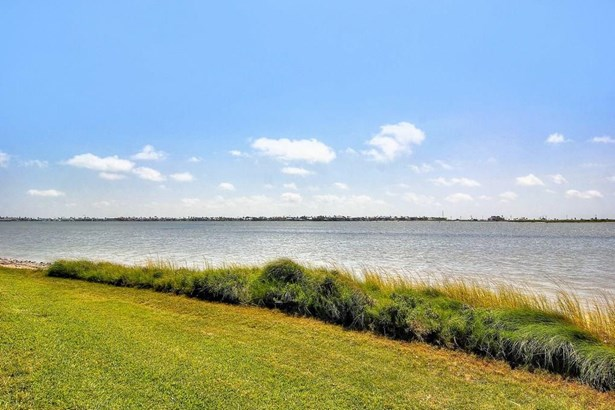 Ranch, Detached - Rockport, TX (photo 4)