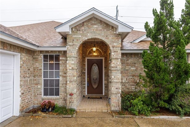 Traditional, Detached - Corpus Christi, TX (photo 1)