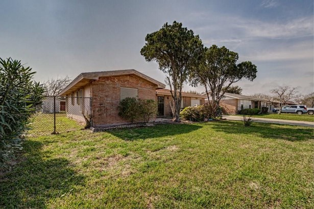 Ranch, Detached - Corpus Christi, TX (photo 2)