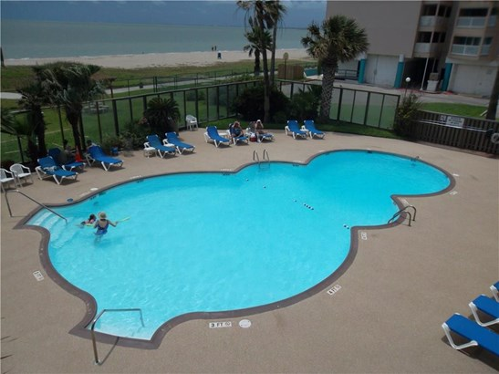 Condo, Contemporary,High Rise Condo - Corpus Christi, TX (photo 4)