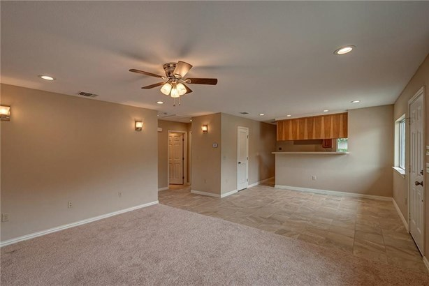 Condo, Traditional - Corpus Christi, TX (photo 3)