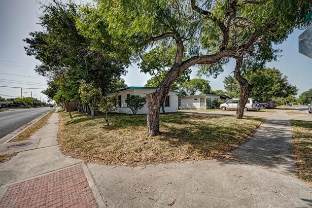 Ranch, Detached - Corpus Christi, TX (photo 3)