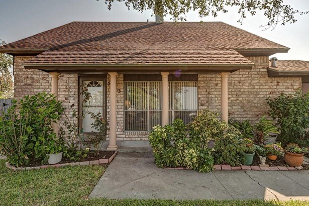Traditional, Detached - Corpus Christi, TX (photo 4)