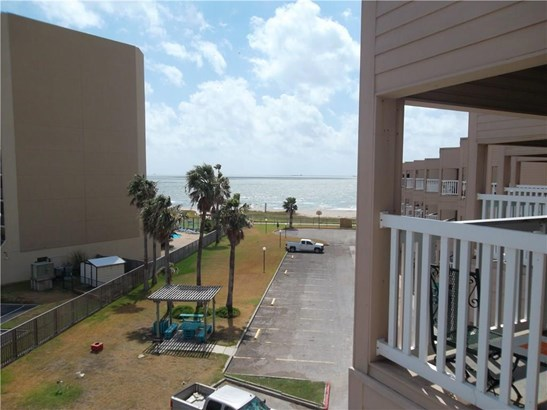 Condo, Contemporary - Corpus Christi, TX (photo 4)