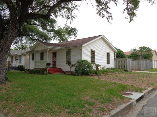 5027 Ave P 1/2, Galveston, TX - USA (photo 1)