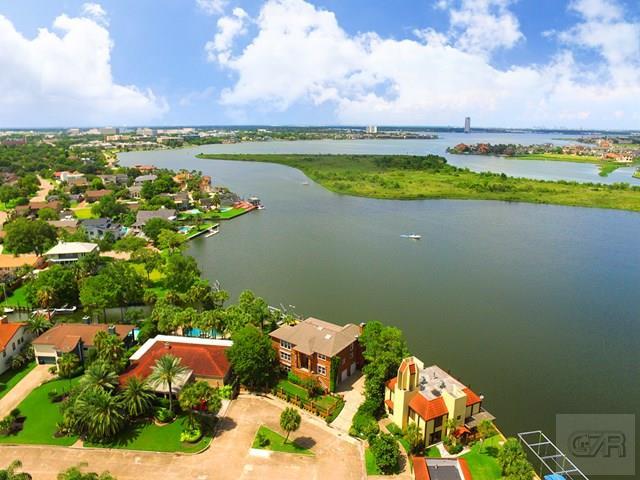 2027 W Indies, Nassau Bay, TX - USA (photo 2)