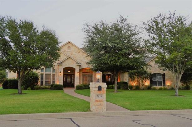 7020 Ledge Stone, Mcgregor, TX - USA (photo 1)
